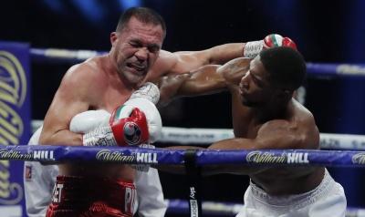 Бій за титул чемпіона світу. Джошуа нокаутував Пулєва - відео