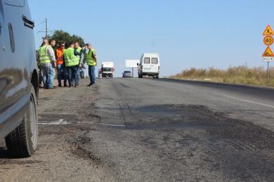 Скільки коштує кілометр асфальту: Буковина «відзначилась» найдорожчою ціною ремонту доріг