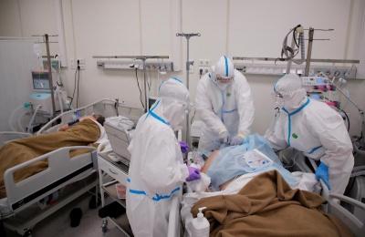 Назвали групу хворих на COVID-19, які заразні щонайменше два місяці