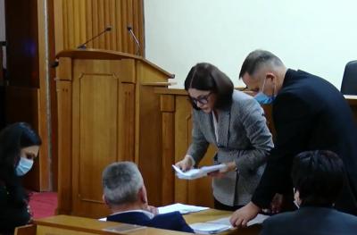 Чернівецька райрада затвердила Домніцаку чотирьох заступників