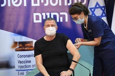 Вакцинований від коронавірусу уродженець Чернівців та оскарження першої сесії. Головні новини минулої доби