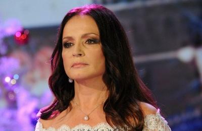 На дві країни - ганьба: шанувальники засудили співачку з Буковини за концерт у Москві