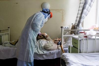 Скільки нових хворих на коронавірус буде на Буковині після Різдва: прогноз науковців