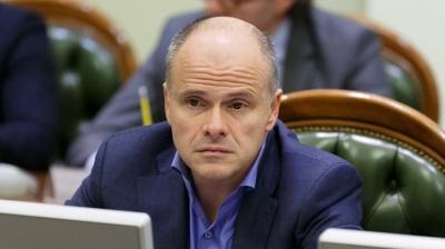 """Медведчук заявив, що російську вакцину """"Супутник V"""" реєструють в Україні. У Раді сумніваються"""