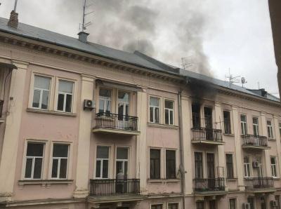 Стався вибух: у Чернівцігазі прокоментували пожежу в центрі Чернівців