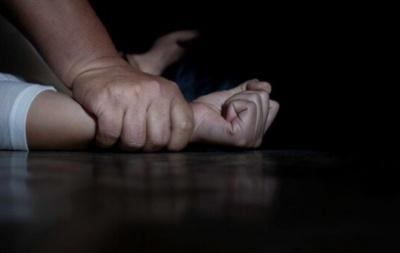 «Прокинулась згвалтованою»: підліток на Різдво поглумився над 35-річною жінкою