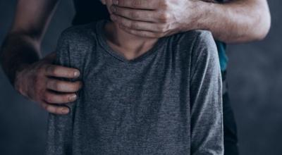 У Харківській області 18-річний юнак зґвалтував школярку, яку запросив у гості