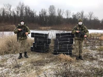 Постріли на кордоні: на Буковині прикордонники розшукують контрабандистів