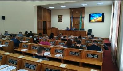 Депутати Чернівецької райради закликали уряд скасувати локдаун
