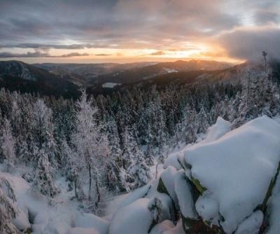 У Карпатах випало пів метра снігу