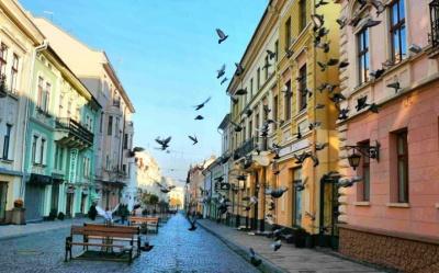 Чернівці позмагаються за звання молодіжної столиці України
