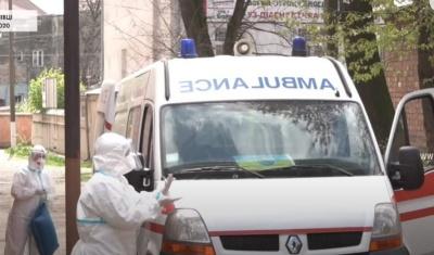 В Україні продовжують фіксувати нові випадки та смерті від коронавірусу
