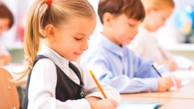 До школи йдуть не всі: стало відомо, як навчатимуться учні Чернівців після локдауну