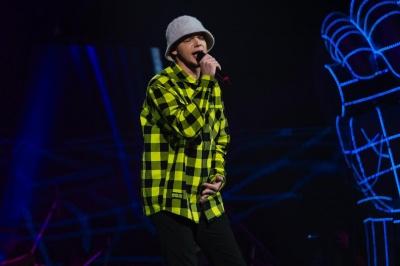 Чернівчанин вражаюче виконав осучаснену версію «Гуцулки Ксені» на шоу «Голос країни» – відео