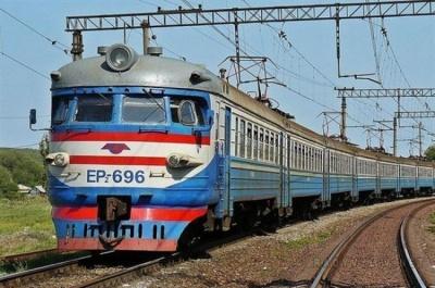 """""""Укрзалізниця"""" підвищить вартість квитків на 20% на всі потяги"""