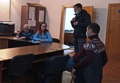 ЦВК розпустила Чернівецьку ТВК і поскаржилась на неї у поліцію