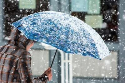 Заллє сніговим дощем: синоптики прогнозують Буковині мерзенну погоду