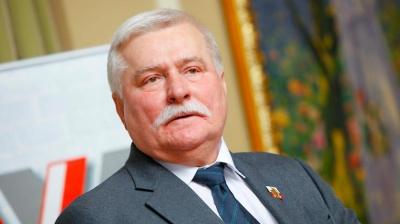 Пенсії не вистачає: колишній президент Польщі шукає роботу