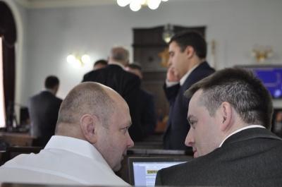 «Рідне місто» і «Команду Михайлішина» знову не зареєстрували депутатами
