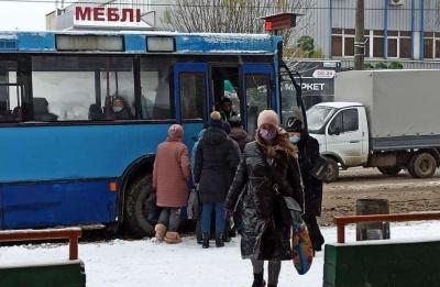 У Чернівцях хочуть налагодити похвилинний розклад руху маршруток і тролейбусів