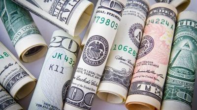 Незвичайні, але дієві поради, які є магнітом для залучення грошей