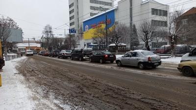 «Техніки не вистачає»: Клічук розповів, як комунальники борються зі снігом у Чернівцях