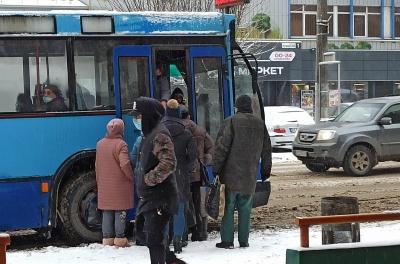 У Чернівцях всю ніч курсували тролейбуси: у ратуші розповіли, чому