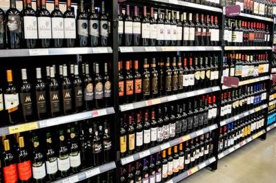 В Україні подорожчав весь алкоголь, крім столового вина