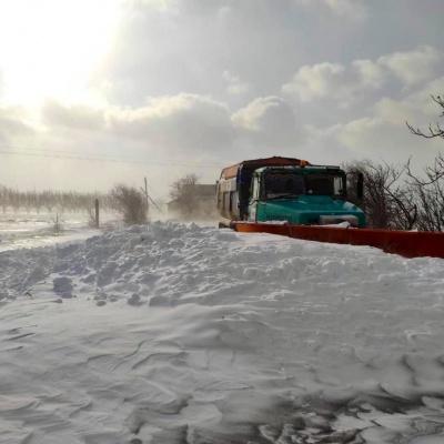 Перемети та значні затори: на Буковині ускладнено проїзд дорогами місцевого значення