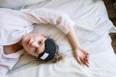 Поради, які допоможуть цілий день бути енергійною після безсоння