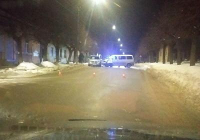 Виїхав на зустрічну смугу: у Чернівцях у ДТП постраждало двоє людей