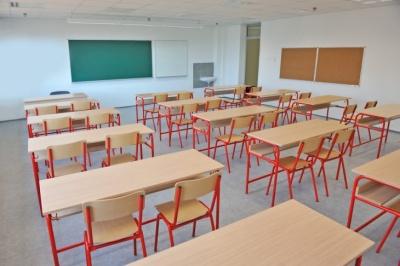На Буковині влада рекомендує закрити всі школи через спалах коронавірусу
