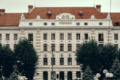 Стало відомо, хто в Чернівцях претендує на посаду ректора БДМУ
