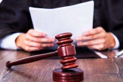 Напивався і ображав матір: буковинець отримав два місяці арешту за психологічне насильство