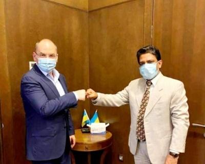 Степанов домовився про постачання 500 тисяч доз «індійської» вакцини