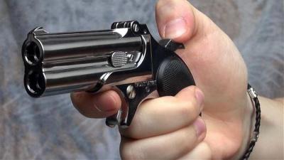 Половина чоловіків в Україні хоче мати вогнепальну зброю для самозахисту – опитування