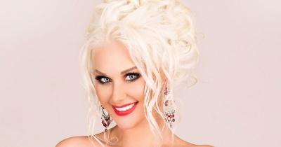 У мінісукні та з довгим волоссям: співачка з Чернівців показала, як виглядала у 14 років