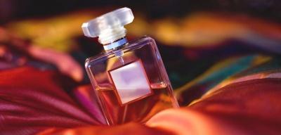 Як обрати парфуми: корисні поради жінкам*