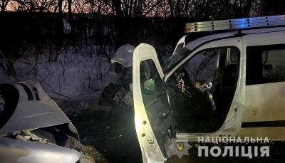ДТП на Буковині: внаслідок зіткнення двох авто травмувались водії – фото