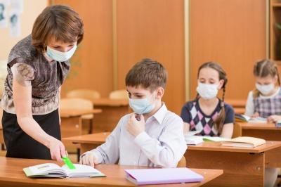 Як працюватимуть школи з 24 лютого: роз'яснення МОН