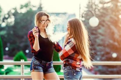 Небезпека поширення вейпа серед молоді та світова практика*