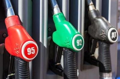 В Україні різко подорожчав бензин і дизпальне: які зараз ціни