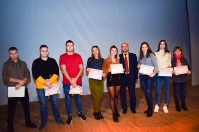 Чернівецький торговельно-економічний інститут КНТЕУ запрошує студентів на навчання у 2021-2022 н.р.*