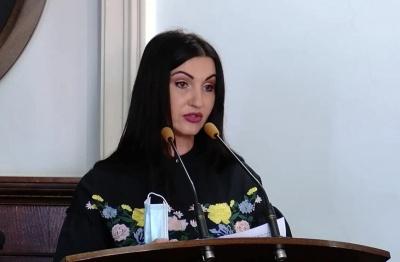 «Вакцина для бідних»: у Чернівцях депутати посперечались через щеплення від коронавірусу