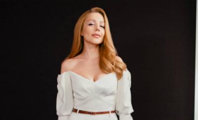 Тіна Кароль показалася в розкішній білосніжній сукні
