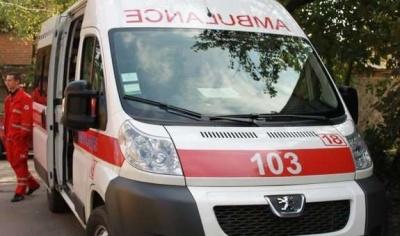 Спускався на зв'язаних простирадлах: 12-річний школяр впав із четвертого поверху