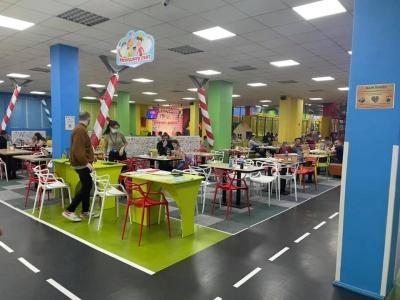 У Чернівцях виявили дитячий розважальний заклад, який працював попри посилення карантину – фото