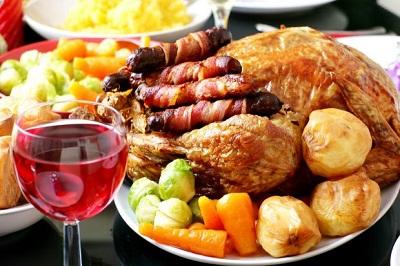 Чим найкраще закушувати міцний алкоголь - порада дієтологині