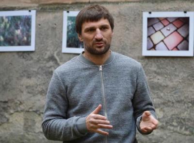 У Чернівцях керівник інтернет-ЗМІ може очолити прес-службу облради: що про нього відомо