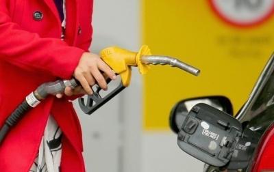 В Україні ціни на пальне на АЗС різко підскочили вгору
